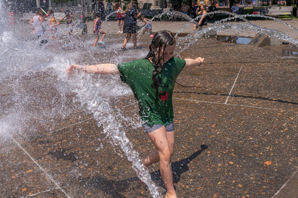 Cooling off amid the heat wave in the northwest