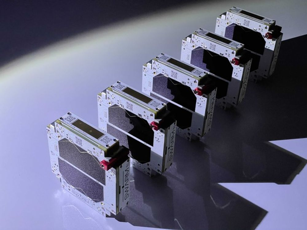 spaceX swarm satellite connectivity