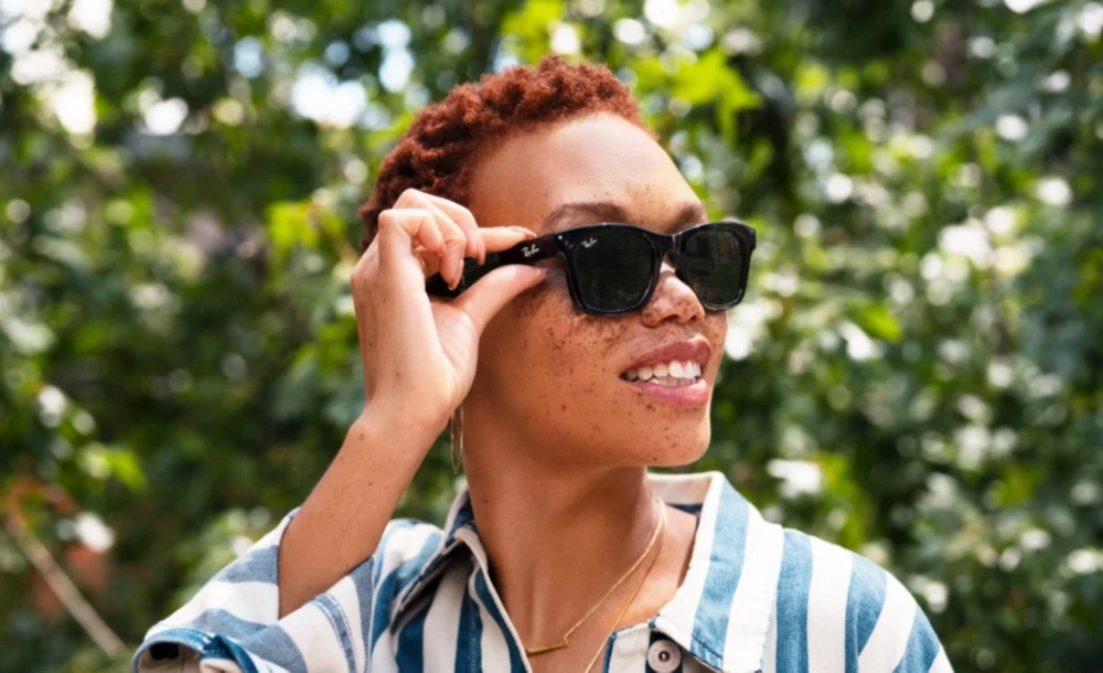 Facebook's Ray-Ban Smart Glasses