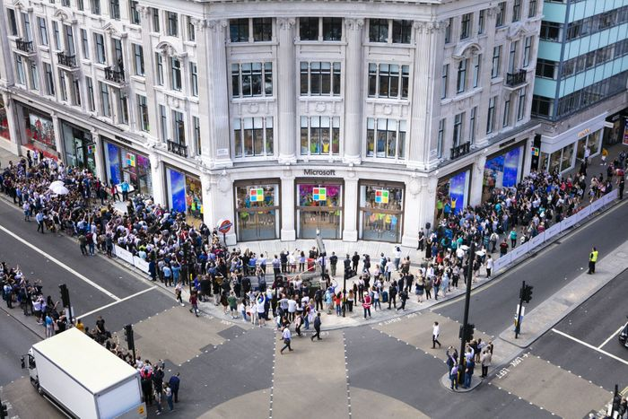 Flagship Microsoft Store in London