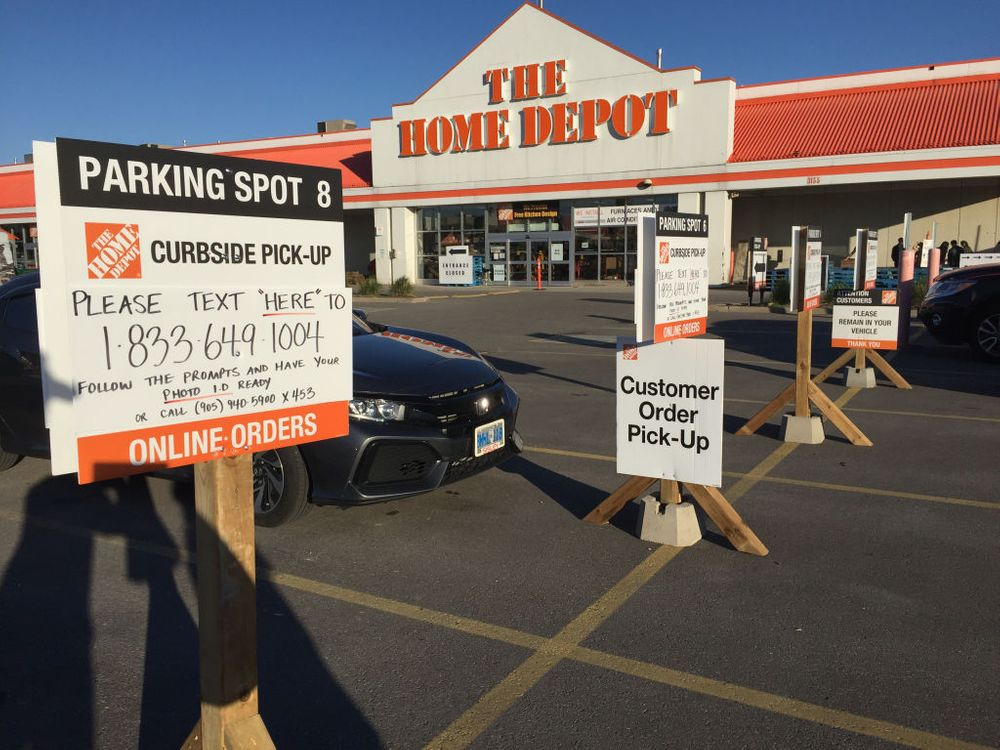 Curbside pickup at Home Depot